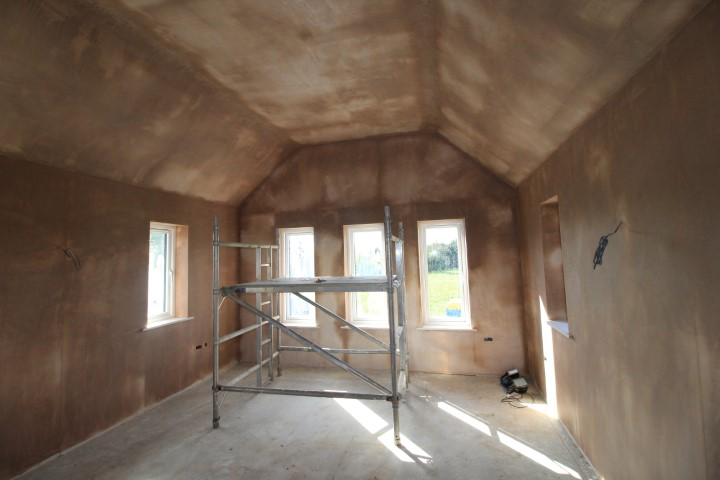masterbedroom - vaulted ceiling